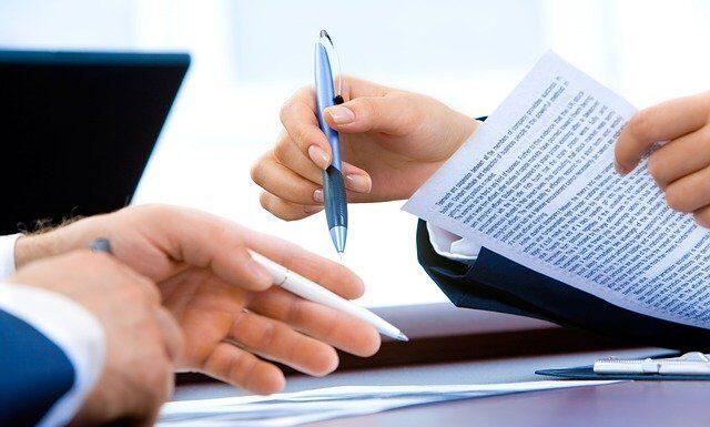 Umowa na czas określony, fot. Pixabay.com