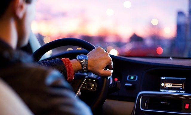 Samochody sprowadzane z zagranicy, fot. Pixabay.com